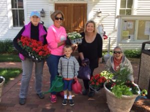 Meet our Doulas planters